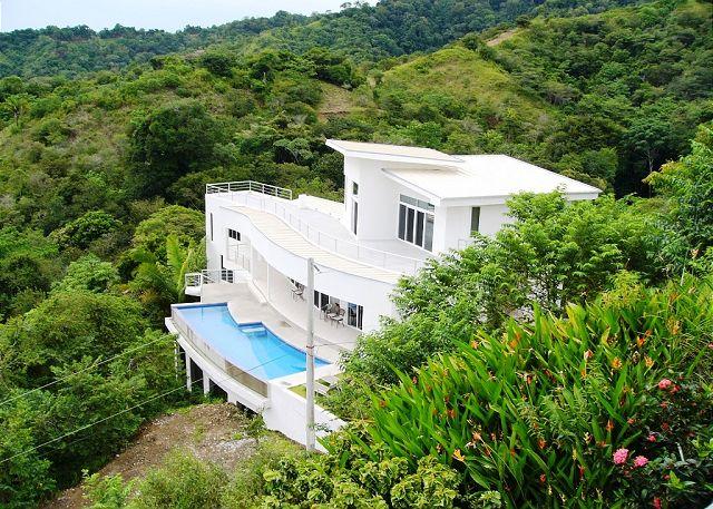 Casa Infinito Jaco costa rica