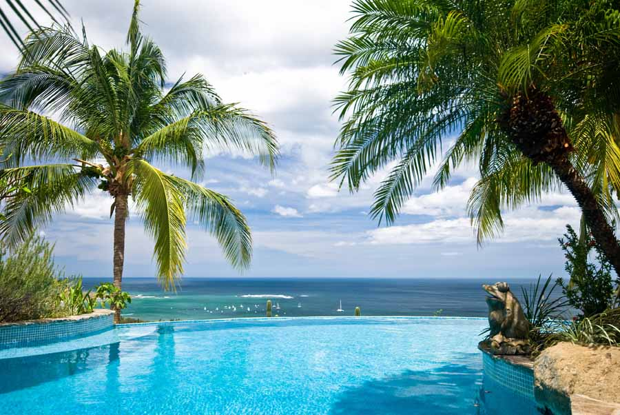Costa rica tropical vacations enjoy beautiful costa rica for Cheap tropical vacation destinations
